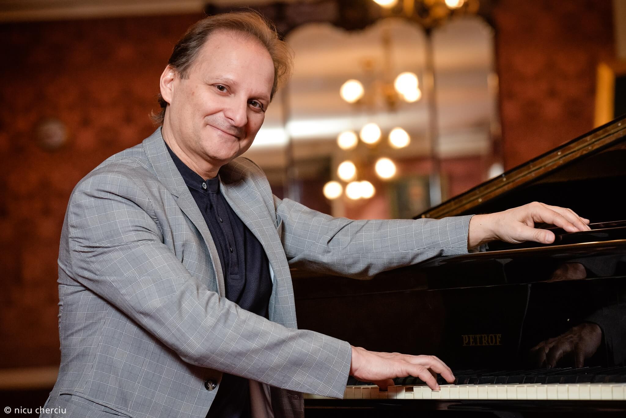 Perfecționism, dedicare și pasiune lirică. Dirijorul italian David Crescenzi este noul Director Artistic al Operei Naționale Române din Cluj-Napoca